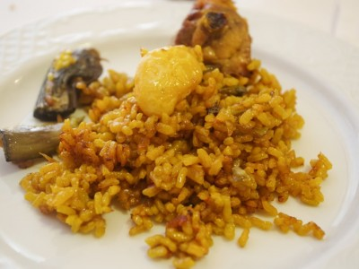 Traditional Spanish food: paella